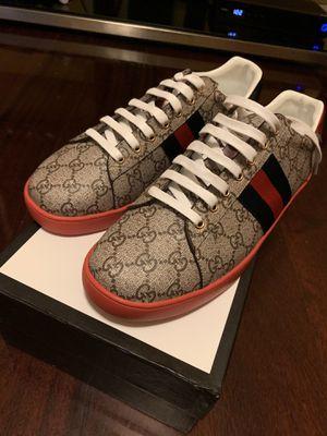 Gucci Ace GG supreme sneaker size 9.5 for Sale in Philadelphia, PA