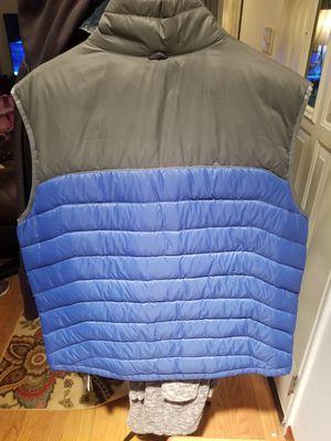 Eddie bauer vest for Sale in Lynnwood, WA