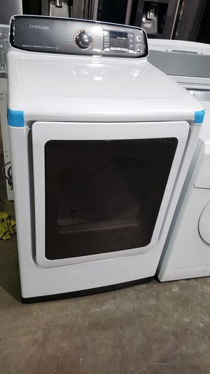 BRAND NEW !! SAMSUNG MULTI STEAM ELECTRIC DRYER for Sale in Covina, CA