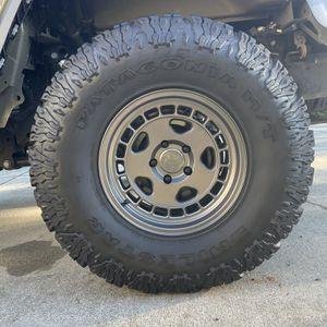 """37"""" Wheel + Tire Combo Jeep for Sale in Everett, WA"""