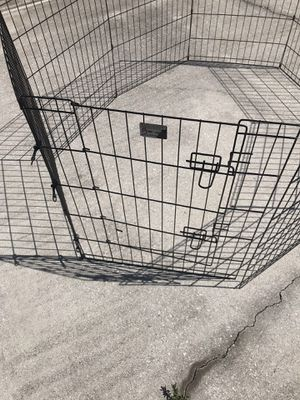 Enclosed fence dog enclosure with gate for Sale in Cape Coral, FL
