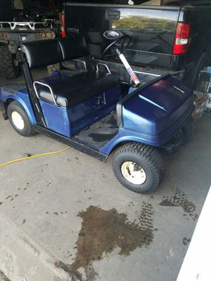 Yamaha gas golf cart for Sale in Newtown, CT