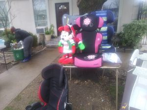 Pink car seat for Sale in Dallas, TX