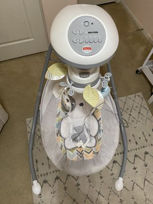 Baby swing for you! for Sale in Mesa, AZ