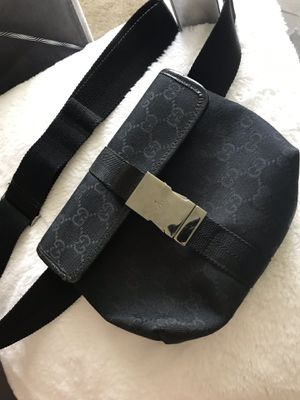 Gucci fannypack/ waist bag for Sale in Tacoma, WA