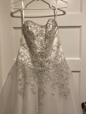 Wedding/Quince Dress David's Bridal 2P Satin and Tulle with Bodice Beading for Sale in Phoenix, AZ