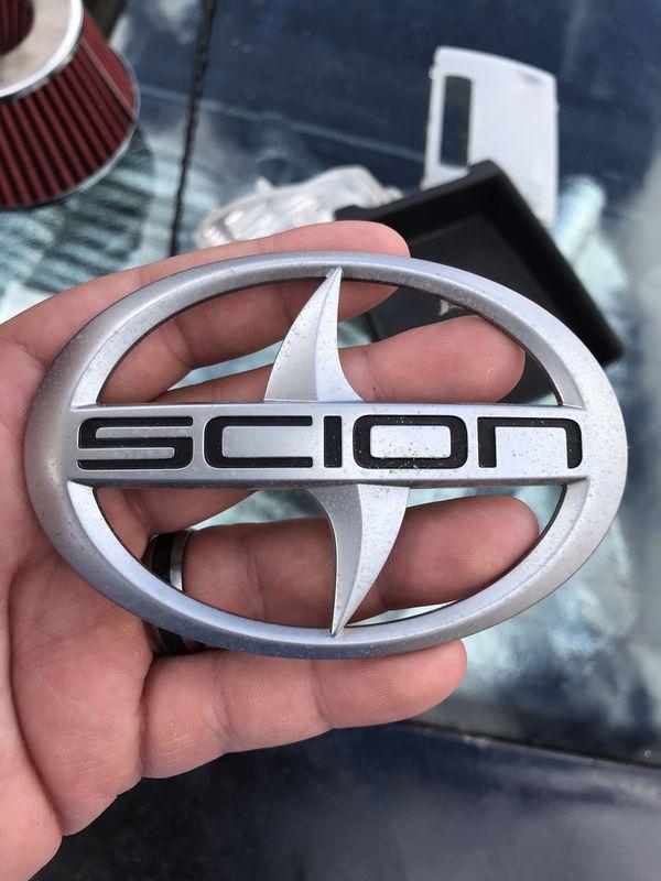 05-10 Scion tC Emblem