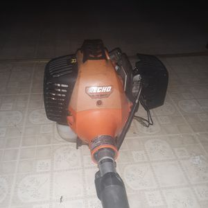 Weed eater for Sale in Evansville, IN