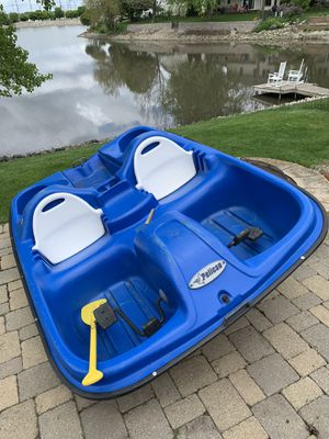 Pelican paddle boat for Sale in Bloomington, IL