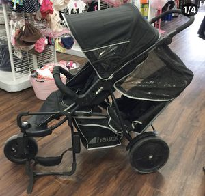 Hauck Freerider Tandem Jogging Stroller with infant car seat adapter retails for $440! for Sale in El Cajon, CA