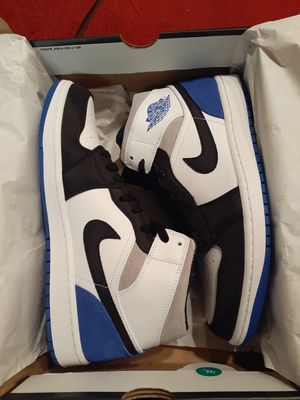 Jordan 1 Retro Mid Game Royal Black Toe - Size 10 for Sale in Pleasanton, CA