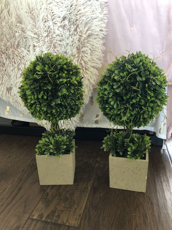 Fake plant decor