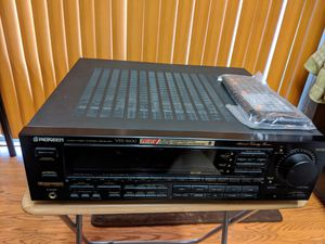 PIONEER VSX- 5600 5 - AMP CONFIGURATION DOLBY PRO-LOGIC SURROUND for Sale in ARROWHED FARM, CA