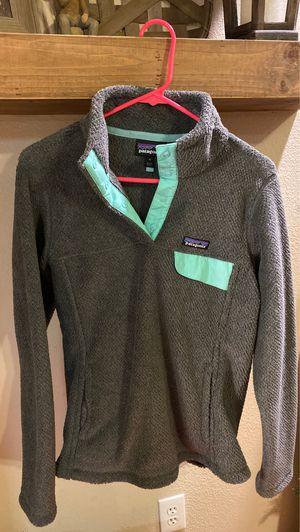 Women's Patagonia jacket for Sale in Berenda, CA