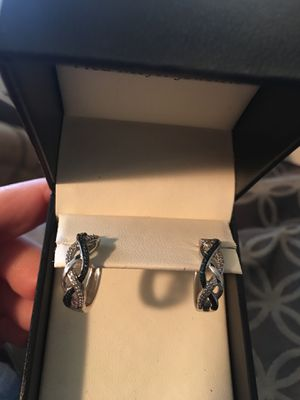 Blue & white diamond sterling. silver earrings for Sale in West Richland, WA