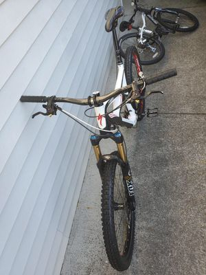 Specialized enduro sworks large for Sale in Auburn, WA