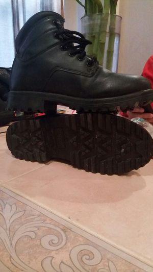Men's boots size 8 (like new) for Sale in Philadelphia, PA