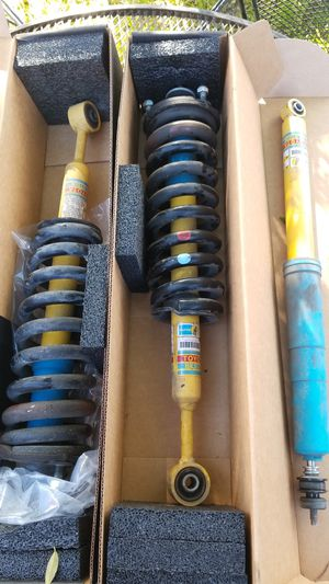 05^up Tacoma front shocks with coils, one rear shock for Sale in Compton, CA