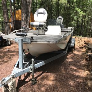 Fish And Ski Boat for Sale in Gilbert, AZ