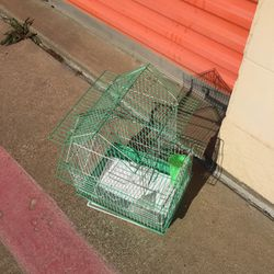 SMALL BIRD CAGE for Sale in Arlington,  TX