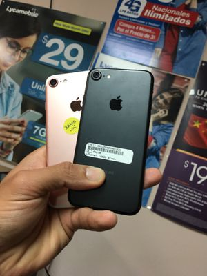 Unlocked iPhone 7 excellent Condition With Free Charger And 30Days Warranty for Sale in Garland, TX