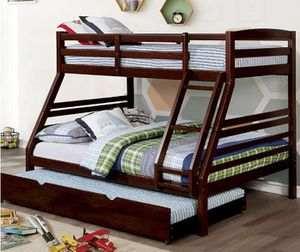 Triple Wood Bunk Bed for Sale in Agua Dulce, CA