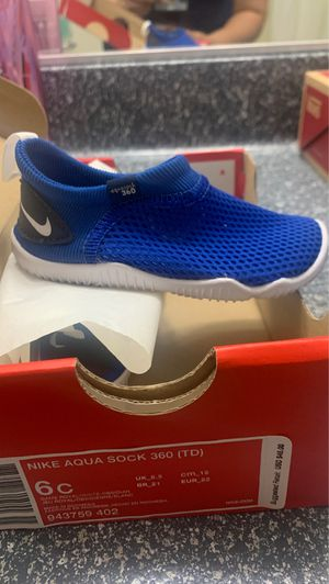 Nike aqua shoes for Sale in Las Vegas, NV