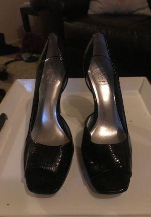 Black Jessica Simpson Heel Size 7.5 for Sale in Newcastle, WA