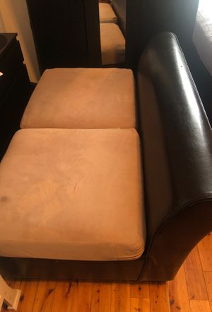 Sofa in good condition for Sale in Los Angeles, CA