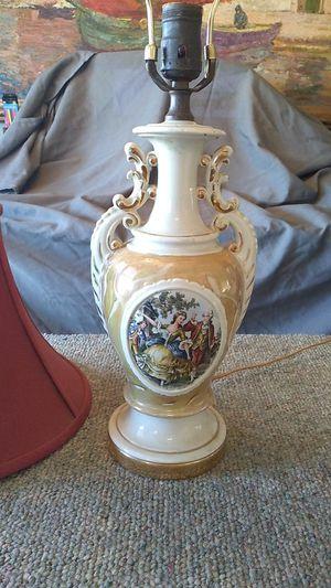 Vintage 1940s lamp w/shade for Sale in Menifee, CA