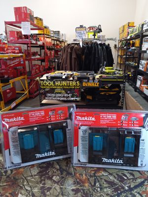 ABSOLUTELY BRAND NEW MAKITA 18 VOLT DUAL PORT RAPID CHARGERS WITH USB POWER PORTS ! BRAND NEW !! $60 EACH FIRM PLEASE for Sale in San Bernardino, CA