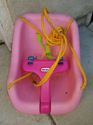 Little Tikes tree swing for Sale in Etiwanda, CA