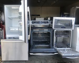 Combo of kitchen appliances for Sale in Pittsburg, CA