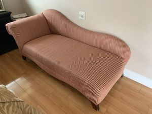 Chaise langue for Sale in Hollywood, FL