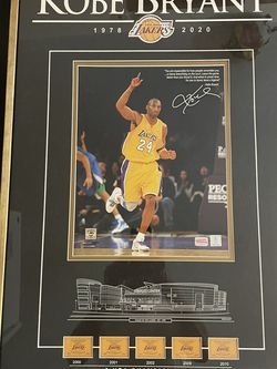 Kobe Bryant Signed Plaque With Authenticity for Sale in Winter Park,  FL