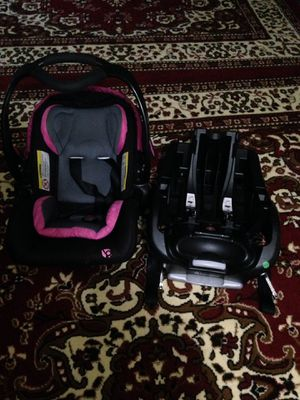 Baby car seat for Sale in Kent, WA
