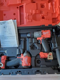 MILWAUKEE M18 FUEL BRUSHLESS DRILLS 3RD GENERATION (TOOL ONLY) NO BATTERY NO CHARGER for Sale in Los Angeles,  CA