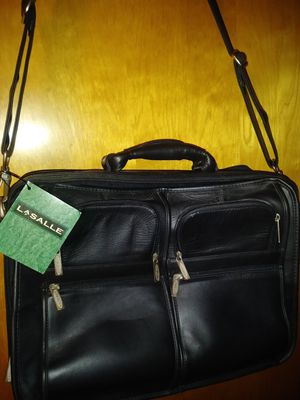 Leather laptop bag for Sale in Pittsburgh, PA