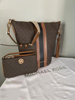 Michael Kors bag and wallet/wristlet for Sale in Westminster, CA