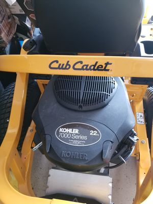 Club Cadet new zero turn and other yard equipment for Sale in Grandview, MO