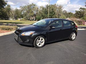 2014 Ford Focus SE Hatchback **32k miles**Still under Factory Warranty for Sale in Orlando, FL