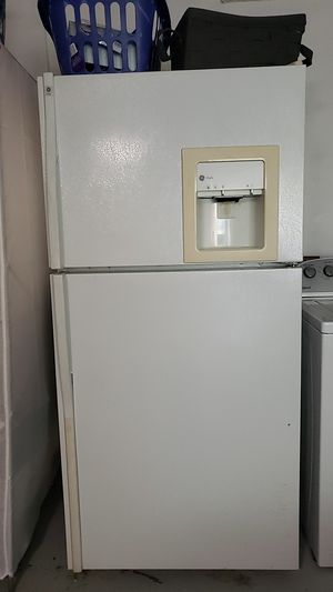 Refrigerator/freezer for Sale in Fort Lauderdale, FL