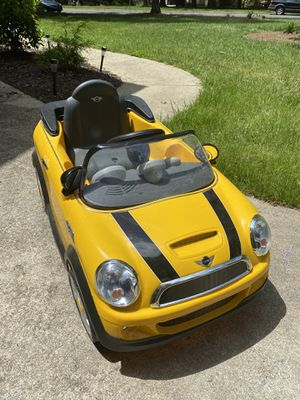 6V Mini Cooper Kid's ride on battery powered car for Sale in Durham, NC