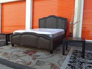 😴 designer high-end queen size bedroom set mattress bed frame nightstands included for Sale in Mesa, AZ