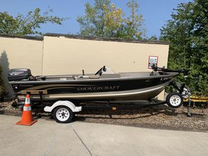 Smokercraft fishing boat for Sale in Elmhurst, IL