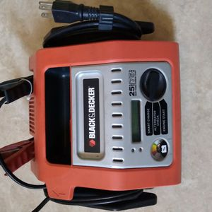 Black And Decker Smart Charge for Sale in Downey, CA