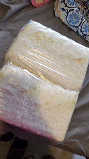 Unopened newborn diapers!!! for Sale in Fontana, CA
