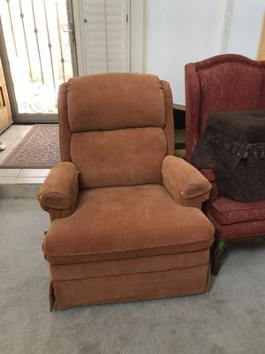 Rust rocker recliner for Sale in Fort McDowell, AZ
