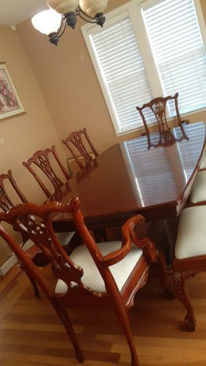 8 chair dining table for Sale in San Jose, CA