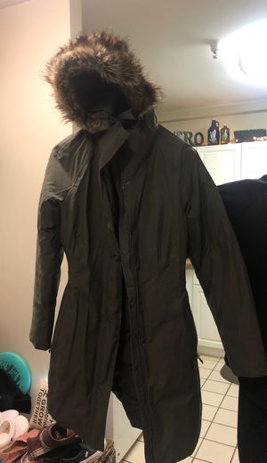 North Face Arctic Parka II- Size M Women's for Sale in Quincy, MA